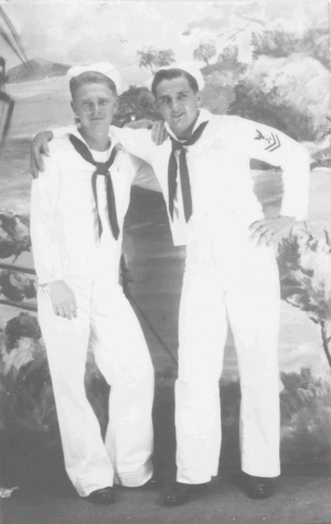 William 'Bill/Red' Hatch Davis, SoM3c and CDP; September 1944, Hawaii