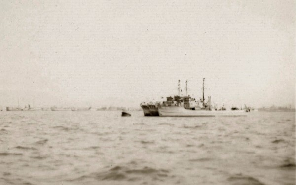 Sasebo; Three YMS's (incl. YMS-468) taking harbor before the storm; September 1945